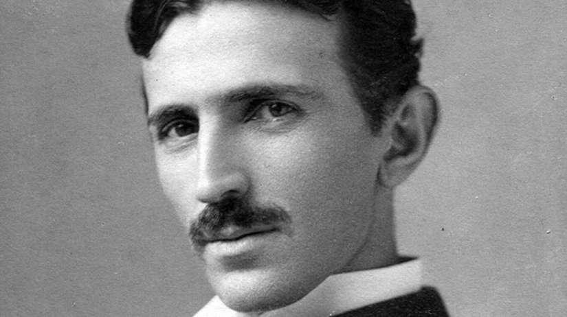 Tesla_circa_1890 (1)